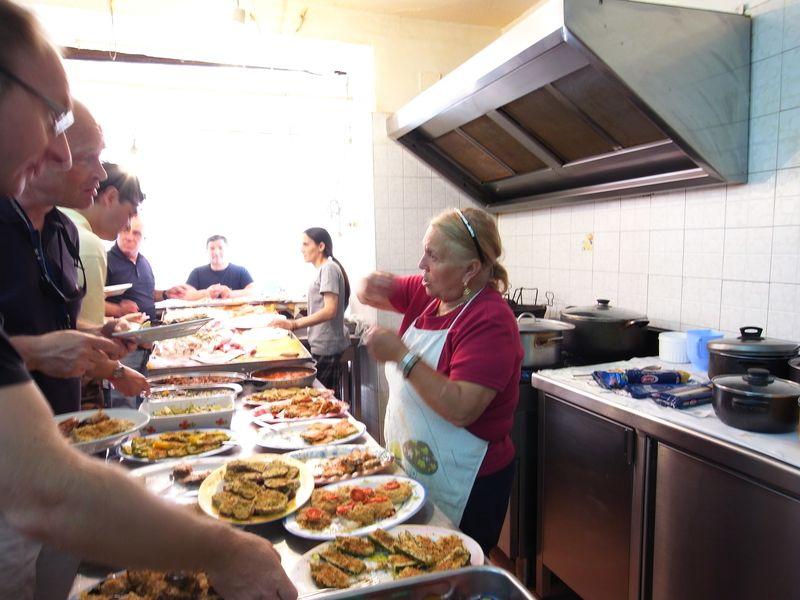 20110728_A palermo, Sicilia - Porto, Mercato della Vucciria11_RIMG1681